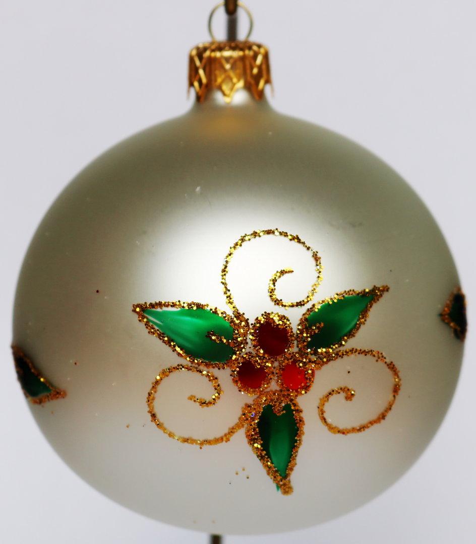Bunte weihnachtskugeln aus glas mit regionalem muster for Bunte lampenschirme aus glas