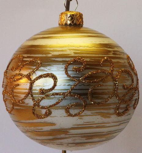 goldene weihnachtskugeln glas my blog. Black Bedroom Furniture Sets. Home Design Ideas